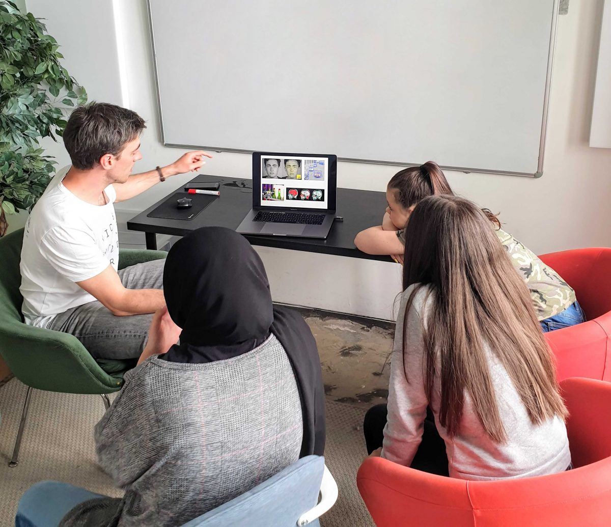 Daughter's Day Vienna 2019 at Anyline - Computer Vision / Machine Learning Introduction